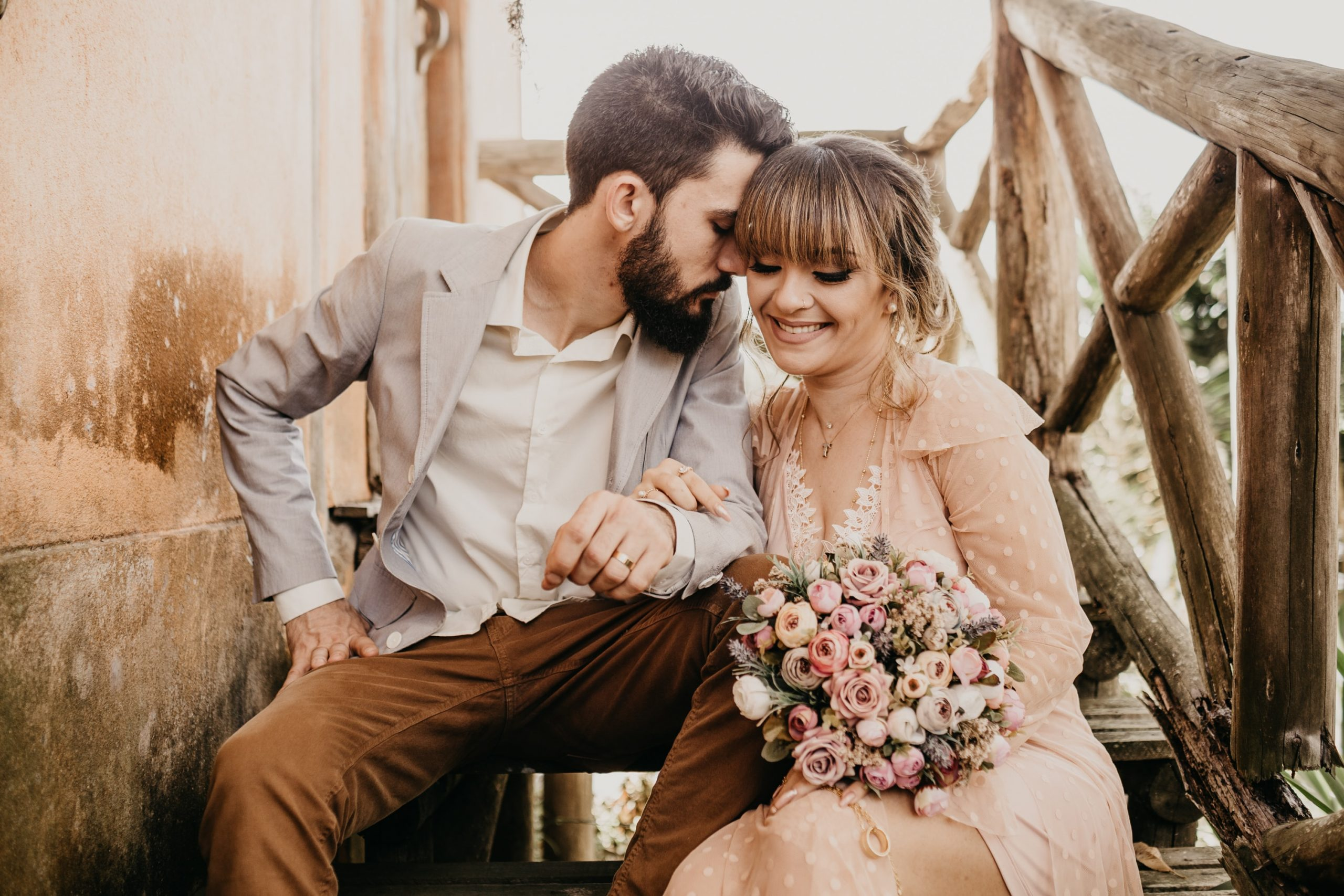 small wedding ideas on a budget bride and groom